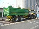 Třístranné sklápění i pro velké vozy
